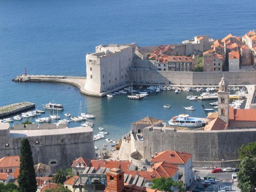 В Черногории резко упали цены на недвижимость