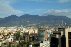 Цены на жилье в столице Албании упали на 11% за год